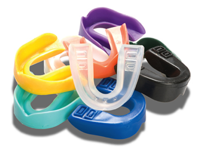 http://www.sbdhost.com/ortho-module/appliances/mouthguard.jpg